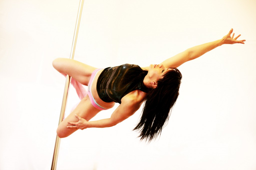 POLE GIRLS (248)